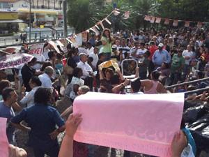 Servidores municipais de Campinas em greve fazem assembleia (Foto: Bruno Teixeira/G1)