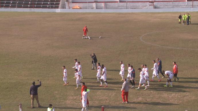 Grupo do Guarany comemora vitória sem adversário  (Foto: Reprodução / RBS TV )