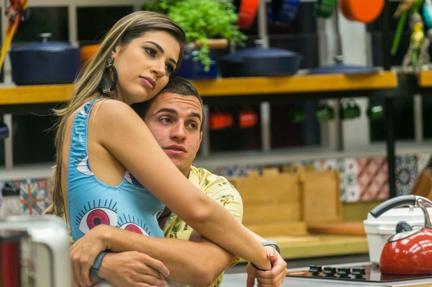 Vivian e Manoel (Foto: Globo/Paulo Belote)