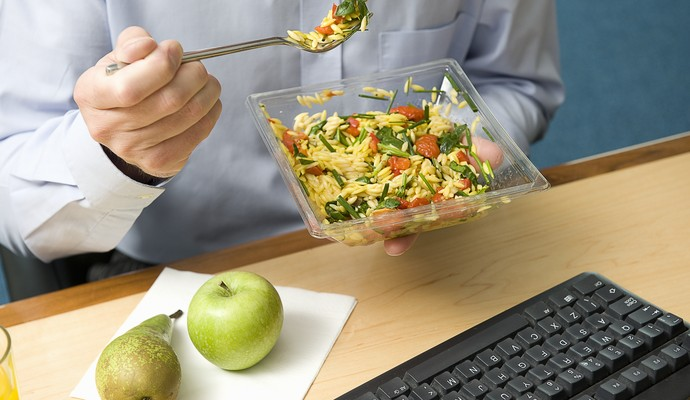 Comendo a cada três horas euatleta (Foto: Getty Images)