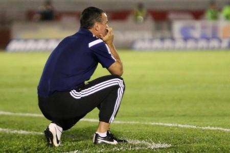 Mazola Junior, técnico do Botafogo-SP (Foto: Rogério Moroti/Ag. Botafogo)