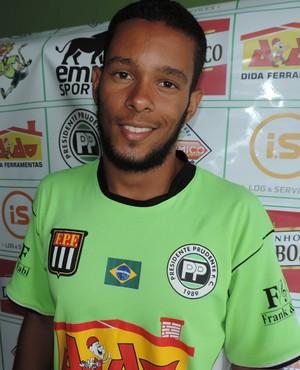 Lucas, volante, PPFC, Presidente Prudente (Foto: Valmir Custódio / GloboEsporte.com)