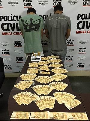 Apreensão de notas falsas em Juiz de Fora, Ubá e Piraúba (Foto: Polícia Civil/Divulgação)