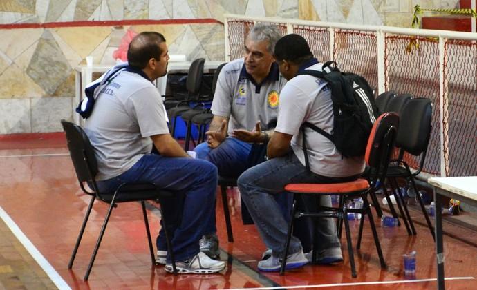 Luiz Zanon, Marcos Lima e Cristiano Ahmed São José Basquete (Foto: Danilo Sardinha/GloboEsporte.com)