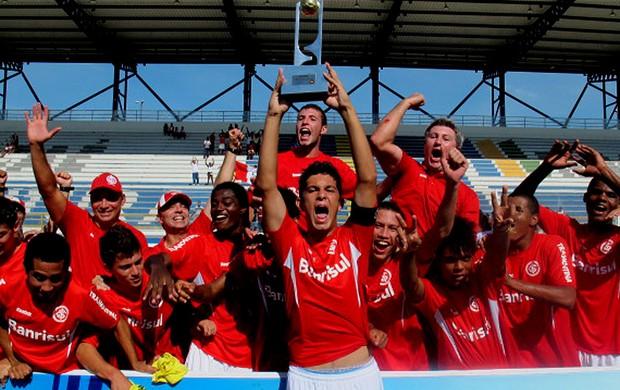 Internacional campeão sub 17 (Foto: Fred Huber / Globoesporte.com)