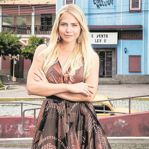 Leticia Colin em 'Cine Holliúdy' (Foto: Marcos Rosa/TV Globo)
