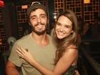 Juliana Paiva ganha festa surpresa de aniversário