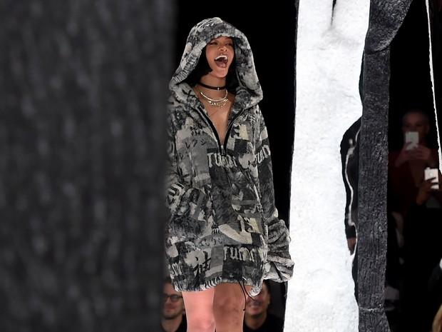 0f1d7f8ba3 EGO - Rihanna lança coleção em evento de moda nos Estados Unidos ...