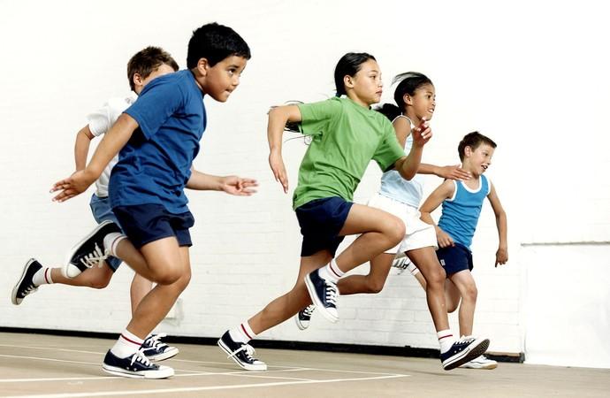 EU ATLETA crianças correndo (Foto: Agência Getty Images)