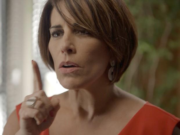 Beatriz tenta se impor  (Foto: TV Globo)