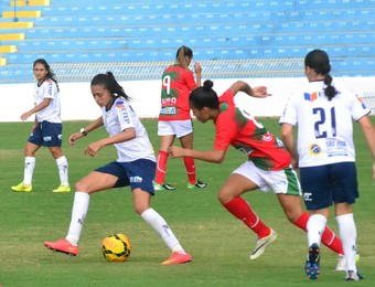 Amistoso São José Futebol Feminino x Portuguesa  (Foto: Tião Martins/ PMSJC)