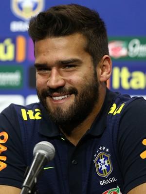 Alisson goleiro seleção brasileira entrevista coletiva (Foto: Lucas Figueiredo/MoWA Press)