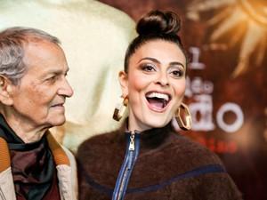 Nelson Xavier e Juliana Paes estão no filme 'A Despedida' (Foto: Edison Vara/PressPhoto)