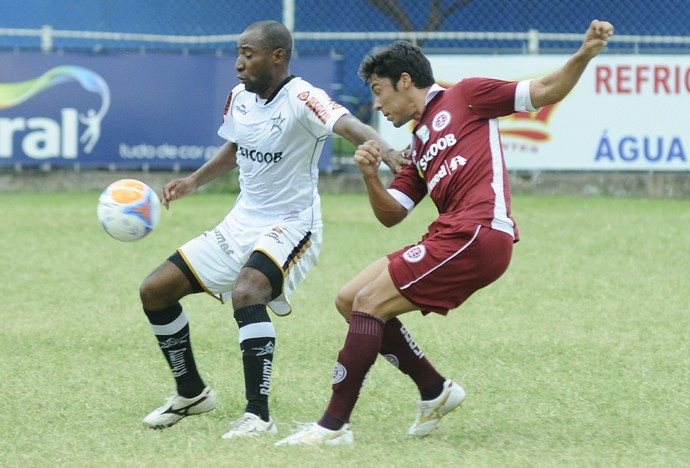 Campeonato Capixaba 2014: Desportiva Ferroviária x Estrela do Norte (Foto: Carlos Alberto da Silva/A Gazeta)