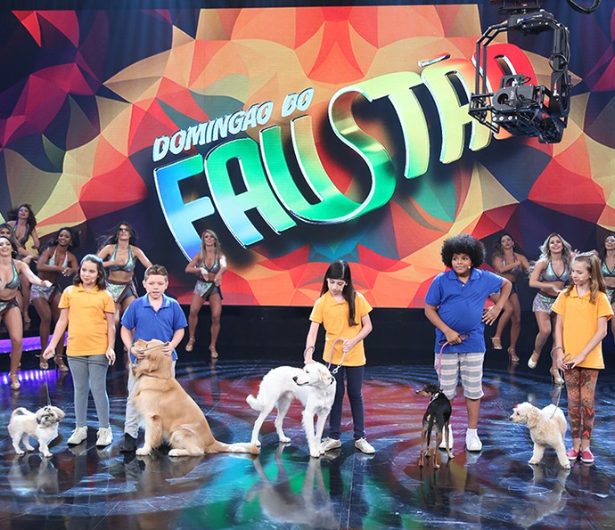 Crianças e cachorros se divertiram com o novo quadro (Foto: Carol Caminha/Gshow)