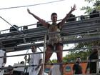 Ivete Sangalo abre carnaval de Salvador com trio sem cordas