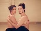 De topless, Bruna Marquezine faz par romântico com Tiago Iorc em clipe