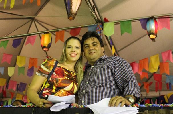 Denise Freitas e Magno Bonfim preparam o especial (Foto: Katylenin França)
