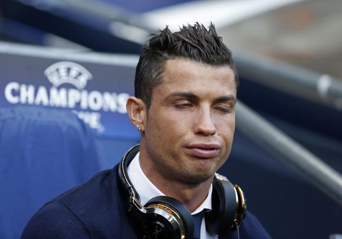 Cristiano Ronaldo antes da partida contra o City (Foto: Carl Recine/Reuters)