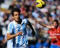 Roque Santa Cruz se anima com chance de jogar no Brasil e no Bota