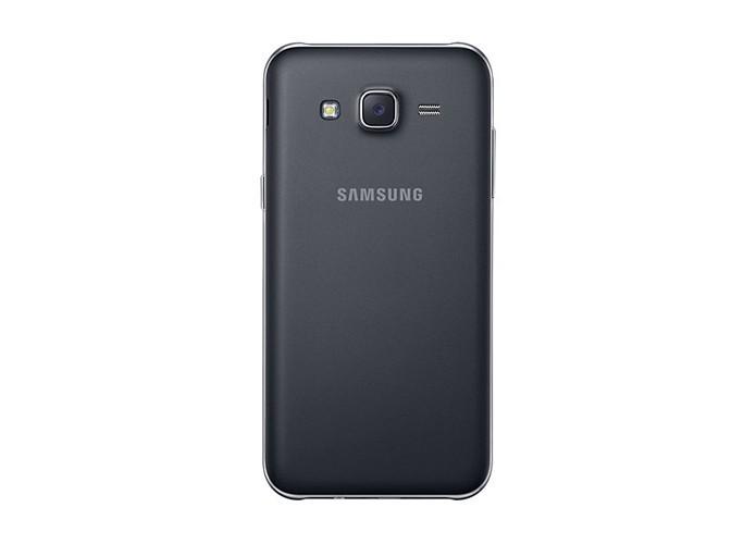 Câmera de 13 megapixels do J5 agrada (Foto: Divulgação/Samsung)