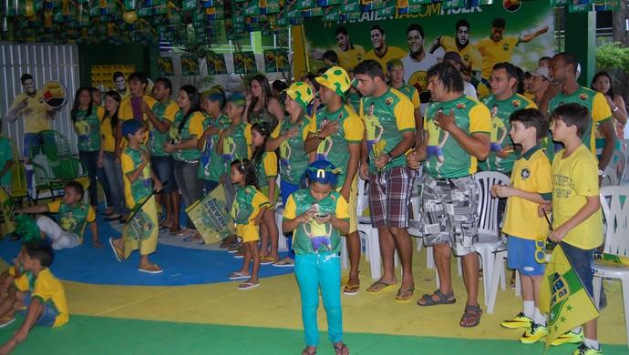 Brasil x Croácia, casa de Hulk (Foto: Silas Batista / GloboEsporte.com)