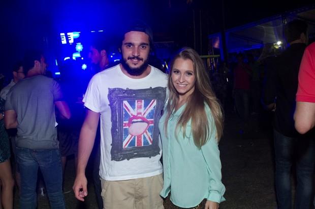 Felipe Lombardi e Carla Diaz no Paradise Weekend 2013 (Foto: Raphael Mesquita / FotoRioNews)