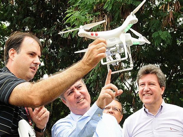 Drone é utilizado no monitoramento do replantio da Mata Atlântica em Campinas (Foto: Divulgação/Luiz Granzoto)