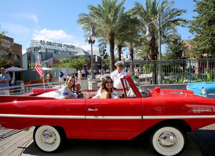 Patrícia Poeta se diverte em passeio no Disney Springs (Foto: Leonardo Viso/ Gshow)