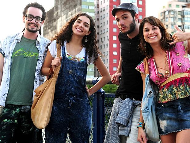 No início da novela, a banda Navegabeat gravou na Califórnia (Foto: João Cotta / TV Globo)
