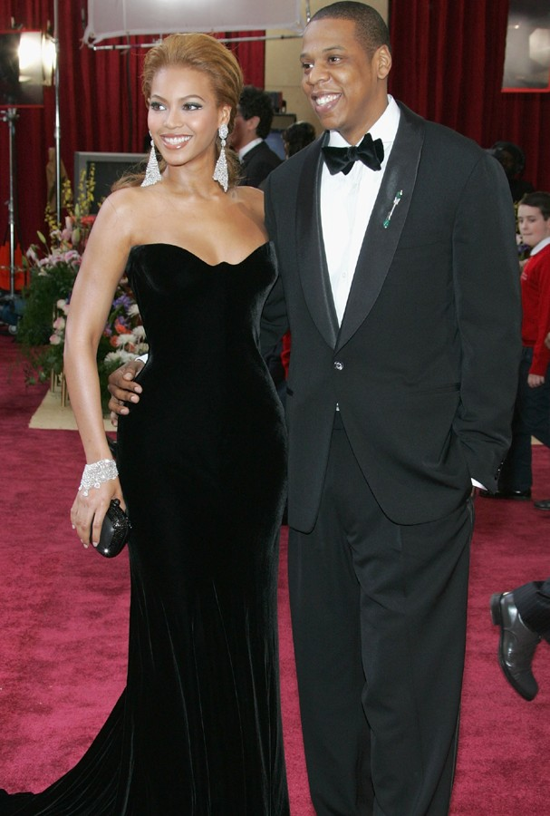 HOLLYWOOD, CA - FEBRUARY 27:  Singer Beyonce Knowles (L) and Def Jam President Jay-Z arrive at the 77th Annual Academy Awards at the Kodak Theater on February 27, 2005 in Hollywood, California. (Photo by Vince Bucci/Getty Images)  (Foto: Getty Images)