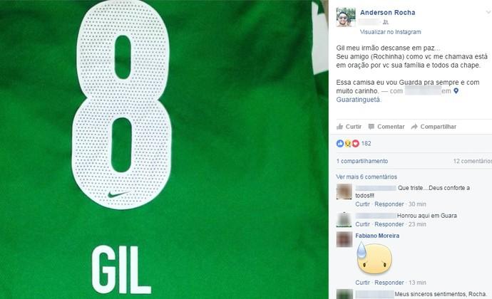 Zagueiro Rocha Gil Chapecoense (Foto: Reprodução/Facebook)