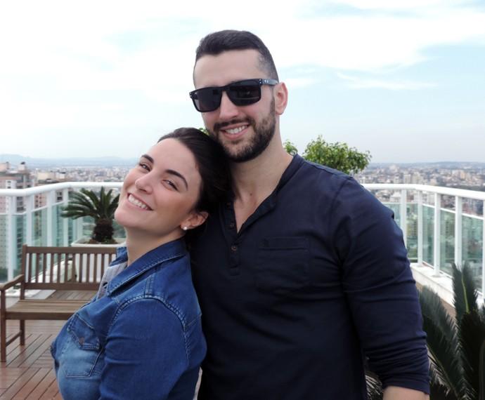 """Laisa e """"namorido"""" Douglas Moro moram juntos há dois anos (Foto: Arquivo Pessoal)"""