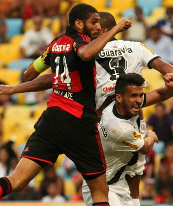 Wallace Flamengo x Vasco (Foto: Gilvan de Souza / Flamengo)