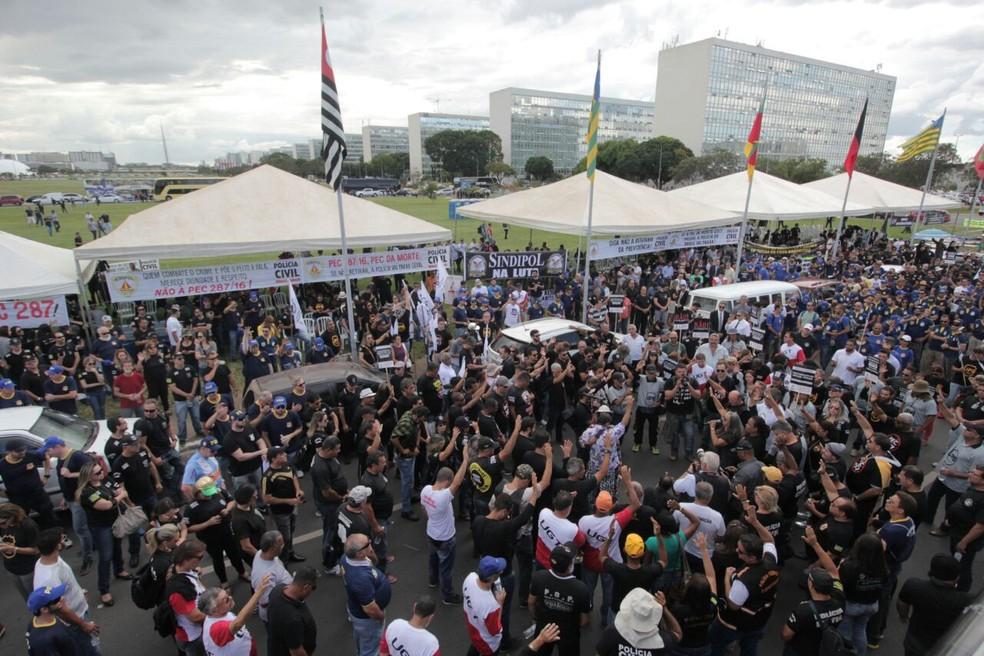 Policiais civis fazem protesto em frente ao Congresso Nacional (Foto: Lucas C. Ribeiro/Sinpol-DF)