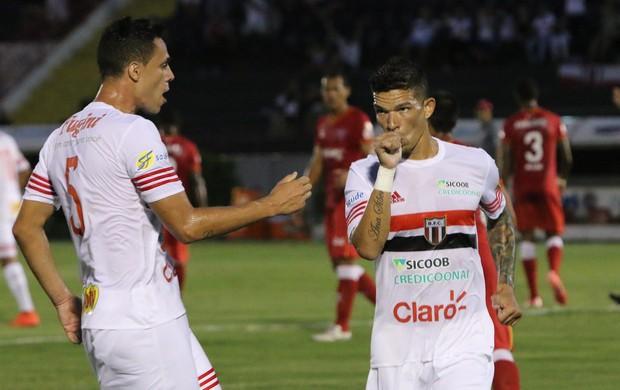 Rodrigo Andrade, meia-atacante do Botafogo-SP (Foto: Rogério Moroti/Ag. Botafogo)