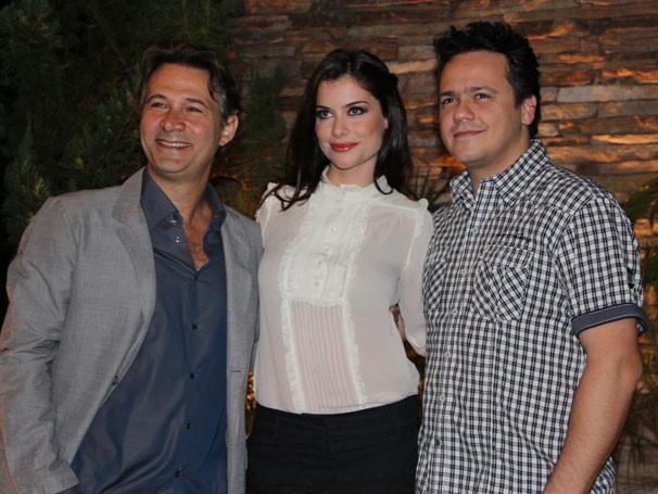 O elenco de Como Aproveitar o Fim do Mundo (Foto: TV Globo / Vanessa Thees)