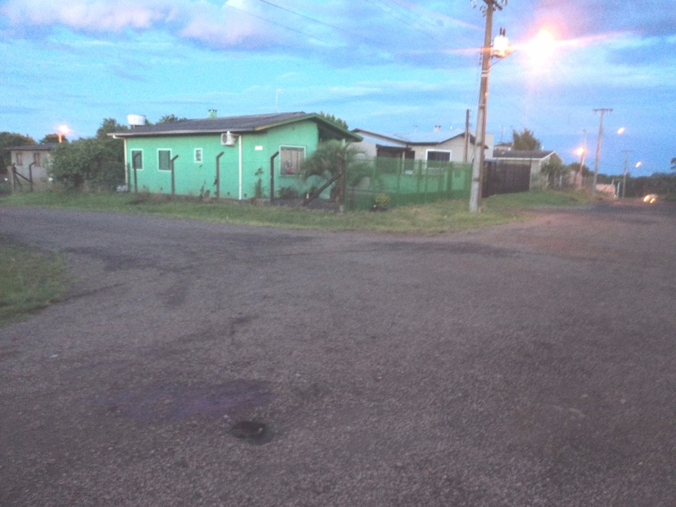 Casa onde a vítima vivia e foi morta em Vacaria (Foto: Polícia Civil/Divulgação)