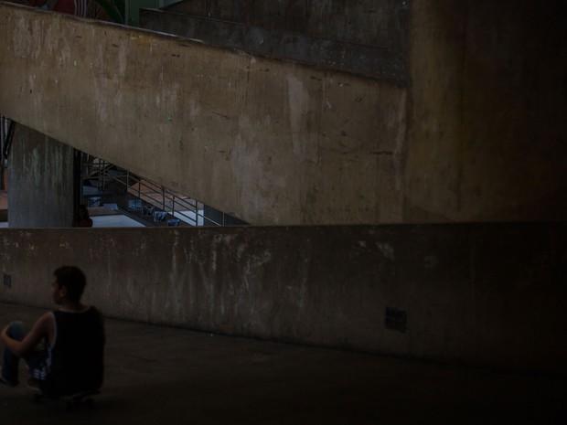 Aluno participa da ocupação na Escola Estadual Caetano de Campos, na Aclimação (Foto: Victor Moriyama/G1)