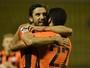 Eduardo da Silva garante empate, e Shakhtar decide vaga na final em casa