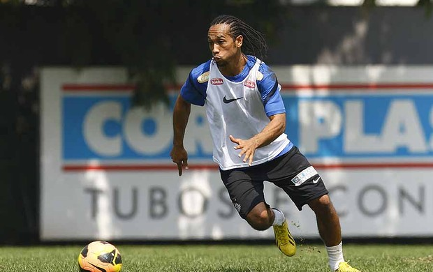 Everton Costa, atacante do Santos (Foto: Ricardo Saibun/Divulgação Santos FC)