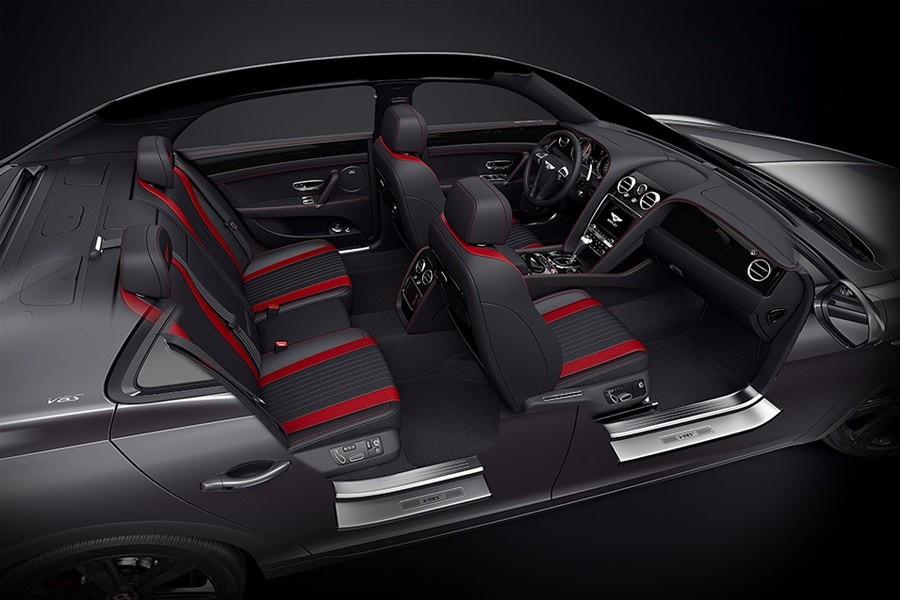 Bentley Flying Spur V8 S Black Edition (Foto: Divulgação)