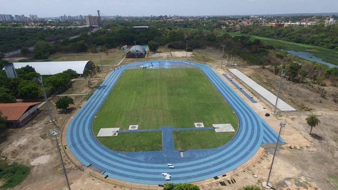 Pista Olímpica de Atletismo da Ufpi (Foto: Reprodução/Facebook)