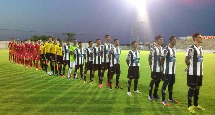 Corumbaense x Guaicurus na estreia do estadual sub-19 (Foto: Divulgação/FFMS)