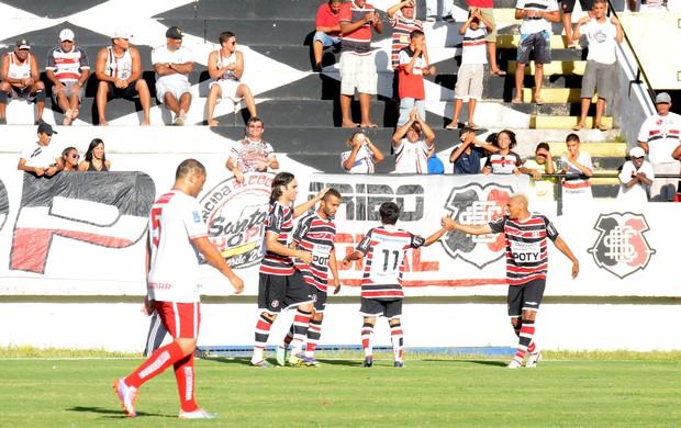 Santa Cruz x Salgueiro (Foto: Antônio Carneiro/ Pernambuco Press)