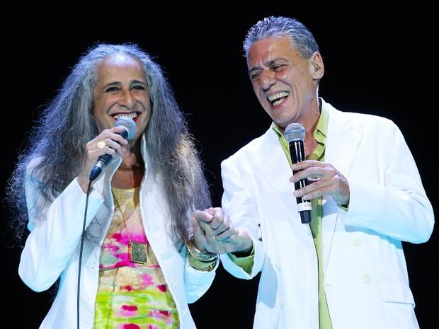 Maria Bethânia e Chico Buarque em show em São Paulo (Foto: Manuela Scarpa/ Brazil News)