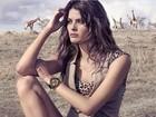 Isabelli Fontana posa na África do Sul em viagem com Di Ferrero