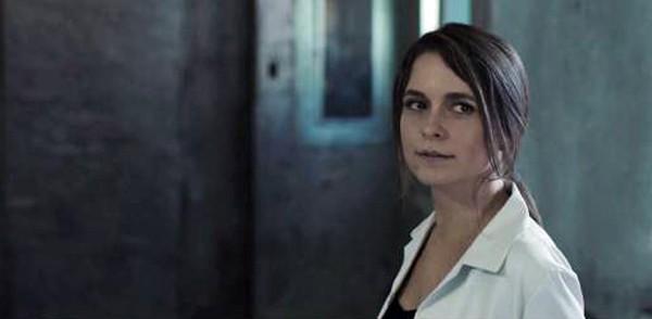 Claudia Abreu está no elenco do filme de terror que estreia no dia 30 de março nos cinemas  (Foto: Reprodução)