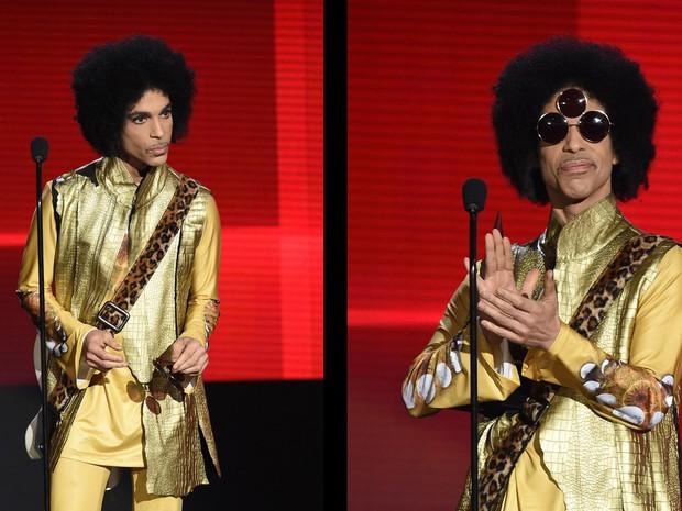 Combinação de fotos de arquivo tiradas em novembro de 2015 mostra o músico Prince durante o American Music Awards no Microsoft Theater, em Los Angeles, nos EUA  (Foto:  Kevin Winter/Getty Images/AFP)