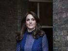 Kate Middleton usa vestido de estilista indiano em evento com William
